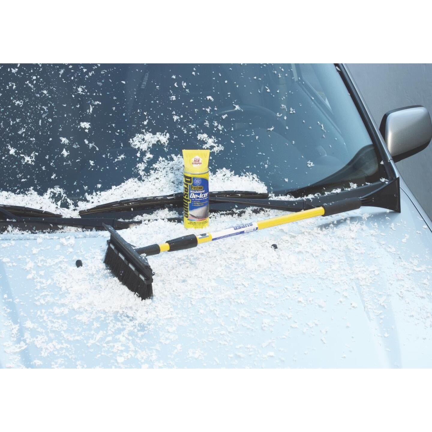 Michelin 48 In. Steel Extender Snowbrush with Ice Scraper Image 4